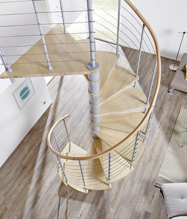 Brillux Designboden - Holz - Treppe